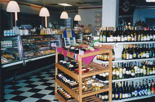 Uncle Louie's had one of the best Jewish Delis south of New York City